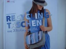Recycling Taschen aus Kleidung