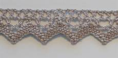 Lace broderie sand