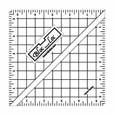 Bloc Loc Half Square triangle 4,5 inch