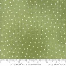 Moda Wintertide stars green