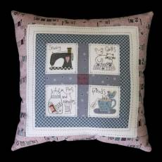 Lynette Anderson Designs Sewing friends